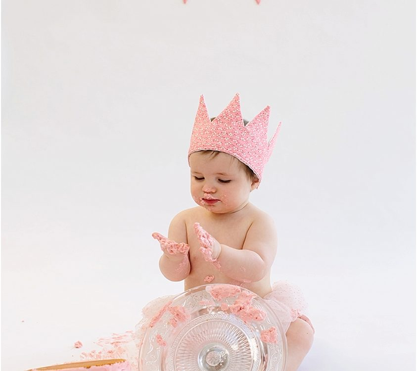 Children photographer belfast cake smash sessions