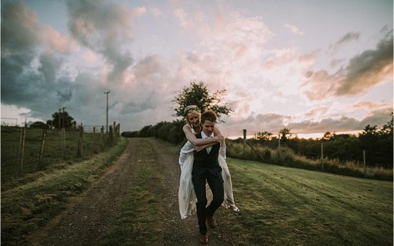 Lyndsey & Nick // The Old Flax Mill & Giants Causeway Wedding